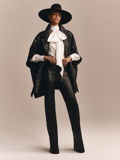 Crush: la collection capsule Tommy x Zendaya inspirée par le power dressing Fashion Editor, Fashion Week, New York Fashion, High Fashion, Fashion Outfits, Fashion Photo, Zendaya, Power Dressing, Tommy Hilfiger