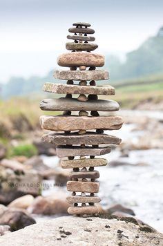 Equilibrium Stack - ephemeral environmental stone sculpture by Richard Shilling (2009)