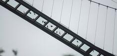 Neue Brücke in China: Auf Scheiben über der Schlucht