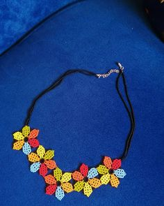 Bead Jewellery, Beaded Jewelry, Sewing Sleeves, Beading Projects, Beaded Earrings, Crochet Necklace, Beads, Mandala, Crafts