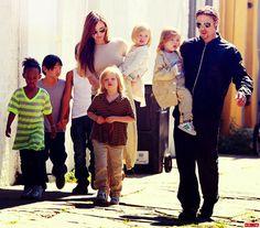 Brad Pitt Angelina Jolie & kids