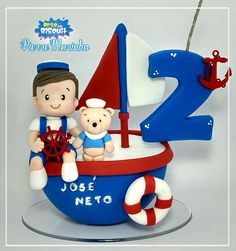 Que marinheiro mais lindo! Cake Topper Tutorial, Cake Toppers, Baby First Birthday, Birthday Cake, Sea Cakes, Pirate Theme, Pasta Flexible, Cakes For Boys, Mini Cakes