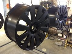 We have recently refurbished these alloys to give them the stealth-look in matt black! What do you think?