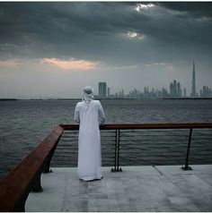 Boy Photography Poses, Creative Photography, Arab Love, Arab Men Fashion, Saudi Men, Arab Couple, Muslim Pictures, Arab Swag, Handsome Arab Men