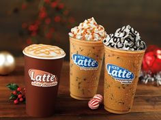 White Chocolate, Peppermint Mocha & Gingerbread coffee & lattes are now available at Dunkin' Donuts! // ¡Los cafés y lates White Chocolate. Peppermint Mocha y Gingerbread ya están disponibles en Dunkin' Donuts!