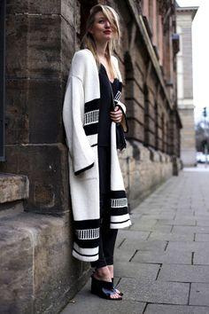 knitGrandeur: Enigineered Jacquards