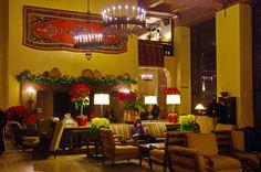 INSIDE THE AHWAHNEE HOTEL, YOSEMITE VALLEY. CALIFÓRNIA