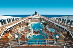 Cesta do stredu zeme! Alebo aspoň okolo nej :) Aj to ponúka Zľavomat https://www.zlavomat.sk/zlava/560517-wellness-pobyt-v-hoteli-sportcentrum-bojnice cruise #boat #luxury