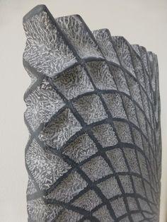 Moving pattern 2013, Belgisch hardsteen en staal (65x38x5) € 5000
