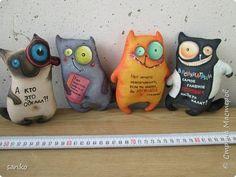 Делала этих котиков для розыгрыша в конкурсе, победитель выбрал рыжика!) Котики пахнут кофе и корицей, расписаны акрилом по ткани. фото 11