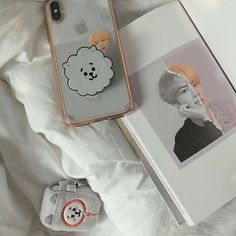 Kpop Phone Cases, Cute Phone Cases, Iphone Cases, K Pop, Army Room Decor, Aesthetic Phone Case, Kpop Merch, Bts Chibi, Foto Bts