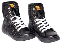 shoes MAA
