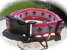 pink fluer de lis collar