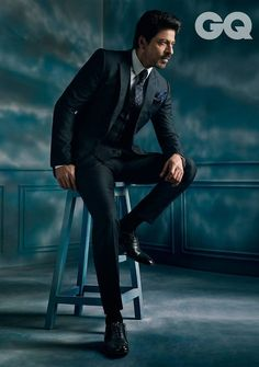 """And it is no surprise that he made everyone thirsty. Shah Rukh Khan Opens 2017 Looking Like Goddamn Human Perfection In A """"GQ India"""" Photoshoot"""