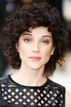 "It's Time To Change Your Mind About ""Bad"" Bangs #refinery29 http://www.refinery29.com/curly-bangs-trend-pictures#slide-7 And musician Annie Clark, aka St. Vincent, shows that those with major curls can also pull off this trend...."