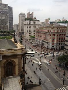 Teatro Municipal, Shopping Light and the São Paulo City Hall all framed in our single picture. Not an easy one to see! São Paulo, Brazil