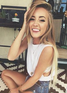 {FC Aspen Mansfield} Hiya! I'm Mallory but I go by Mal! I'm 19 years old. I seem happy but honestly I'm not. I'm not good at relationships because of past experiences.
