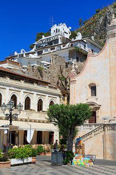 Piazza April IX, Taormina City, Sicily Island