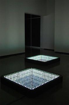 Iván Navarro - puits de lumière