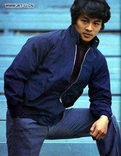 Gorgeous hair ;) Jet Li, Brice Lee, Action Movie Stars, Asian Men, Asian Guys, Martial Arts Movies, Training Motivation, Jackie Chan, Wing Chun