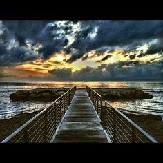 #instalivorno #igerstoscana #instatoscana #instaitalia #igerslivorno #igersitalia #livorno #treponti #tuscanygram #sky #contestgram #cielo #sunset #tramonto #federicoscavophotographer - @fsclick- #webstagram
