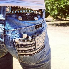Love the pockets on these jeans!