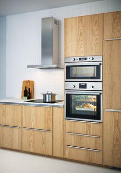 IKEA Metod Oven Cabinet, Kitchen Cabinets, Kitchen Appliances, Old Kitchen, Scandinavian Interior, Ikea Hack, Future House, Kitchen Remodel, Brazil