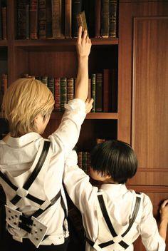Shingeki no Kyojin (Erwin Smith and Rivaille) (Cosplay)