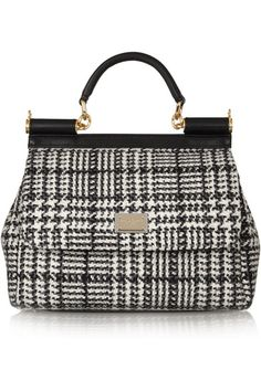 Black and white wool-tweed Leather top handle (Lamb), detachable shoulder strap Designer plaque, black leather trims, feet, gold hardware Two internal pouch pockets, zipped pocket Fully lined in signature leopard-print satin Snap-fastening front flap Comes with dust bag