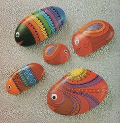Painted stones. Great patterns and lines!