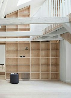 timber box open shelving in nordic kitchen Living Room Shelves, Home Living Room, Interior Architecture, Interior And Exterior, Interior Design, Plywood Furniture, Diy Furniture, Luxury Furniture, Attic Bedroom Small