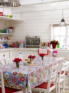 Adore this kitchen!!  LOVE the tablecloth!!!