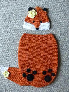 Finley the Fox Cocoon and Hat Set crochet pattern Crochet Baby Cocoon, Crochet Baby Beanie, Crochet Fox, Baby Knitting, Foto Newborn, Newborn Photos, Knit Baby Pants, Baby Cocoon Pattern, Newborn Crochet Patterns
