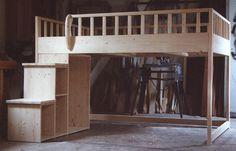 Idee fürs Hochbett treppe regal