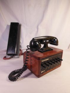 Old Dictograph N Y Switchboard Intercom Desk Phone w Orig Cord Ringerbox