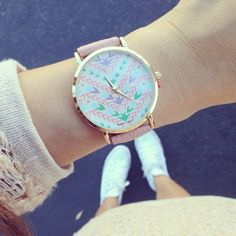 69$ Relógio Feminino Analógico Pulseira de Couro - 6 cores Stylish Watches, Cool Watches, Pink Watch, Beautiful Watches, Cute Woman, Fashion Watches, Turquoise Bracelet, Women Accessories, Best Gifts