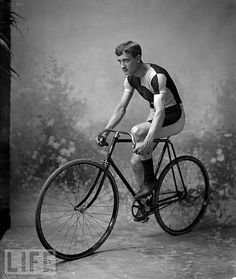 Love vintage cycling...