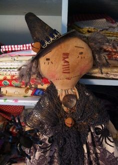 .PRIMITIVE RAGGEDY ANN~fall-stitched face~spiders~witch~17in~ #NaivePrimitive…