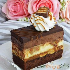 Tort Entremet cu ciocolata si visine simplu si rafinat - simonacallas Best Pastry Recipe, Pastry Recipes, Sweets Recipes, Cookie Recipes, Snickers Cheesecake, Cake Decorating Piping, No Cook Desserts, Biscuit Cookies, Mocca
