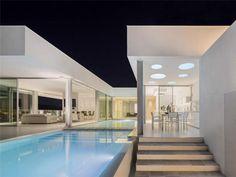 squared+: Villa Escarpa