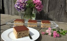 Zucchinikuchen - Backen mit Christina Cakes And More, No Bake Cake, Zucchini, Cake Recipes, Food And Drink, Pudding, Sweets, Sugar, Baking