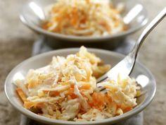 Apfel-Sellerie-Rohkost mit Karotte ist ein Rezept mit frischen Zutaten aus der Kategorie Gemüsesalat. Probieren Sie dieses und weitere Rezepte von EAT SMARTER!