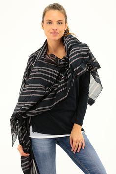 Sciarpa in cotone con stampa a fantasia geometrica. COLORE: MD161 REPARTO: Abbigliamento STILISTA: MANILA GRACE