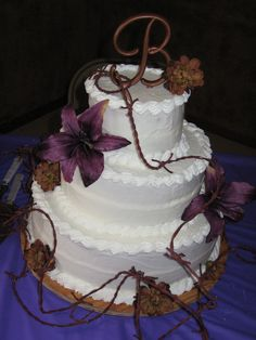 barbed wire cake from a country themed wedding