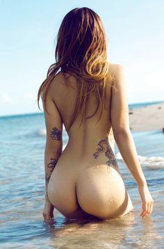 Beach Bum by LadyLemonne
