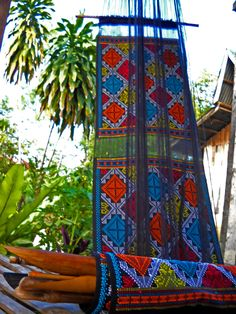Cultural Weave of the Philippines is designed with simple geometric shapes. Philippines Culture, Philippines Travel, Ethnic Patterns, Textile Patterns, Fabric Design, Pattern Design, Filipino Fashion, Filipino Culture, Filipiniana