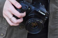 Ich möchte dir im Rahmen der Low Budget Fotografie erzählen, wie du ganz ohne teure Workshops das Fotografieren erlernen kannst.