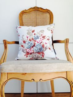 Cream Vintage Floral She's Happy Design http://www.etsy.com/shop/sheshappydesign