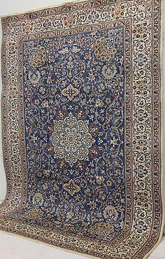 120742. MATTA, Orientalisk, Nain med silkesinslag, 355 x 255 cm. – Auctionet Persian Rug, Marrakech, Colours, Flooring, Rugs, Interior, Inspiration, Lisa, Home Decor