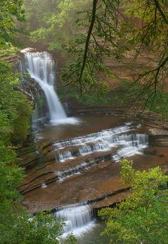 Cummins Falls, TN - My girls just love waterfalls! Cummins Falls Tennessee, Cummins Falls State Park, Largest Waterfall, Beautiful Waterfalls, Natural Wonders, Beautiful Places, Amazing Places, Dream Vacations, State Parks